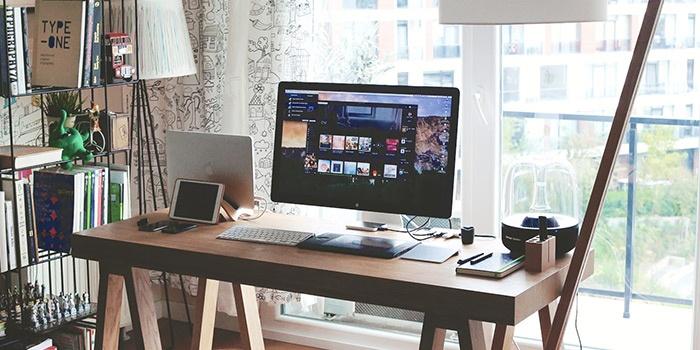 Mac на рабочем столе VII: интерьеры, построенные вокруг компьютера