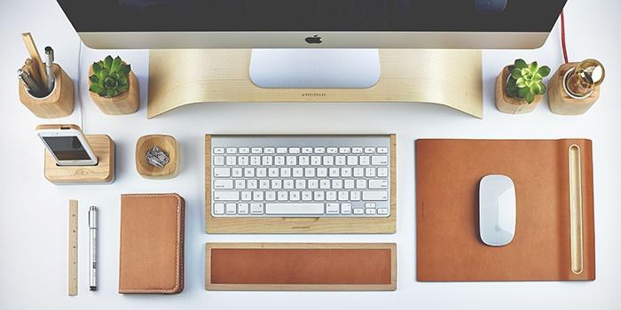 Mac на рабочем столе IX: интерьеры, построенные вокруг «яблочного» компьютера