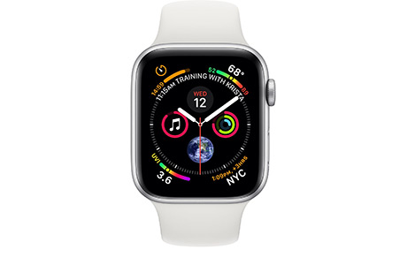 Смарт часы Apple Watch Series 4 44 мм, алюминий, GPS, спортивный ремешок белого цвета (серебристые)